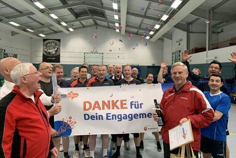 Ehrenamt-überrascht_Klaus-Dieter-Stueber_-TV-Hude